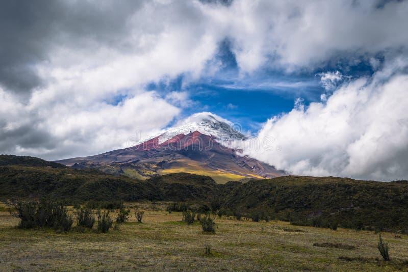 Котопакси - 18-ое августа 2018: Вулкан в национальном парке Котопакси, эквадор Котопакси стоковые изображения