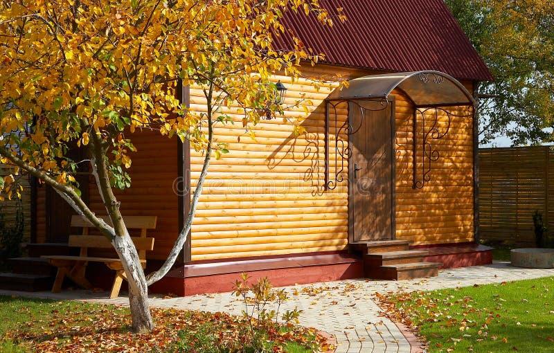 коттедж деревянный Стоковые Фото