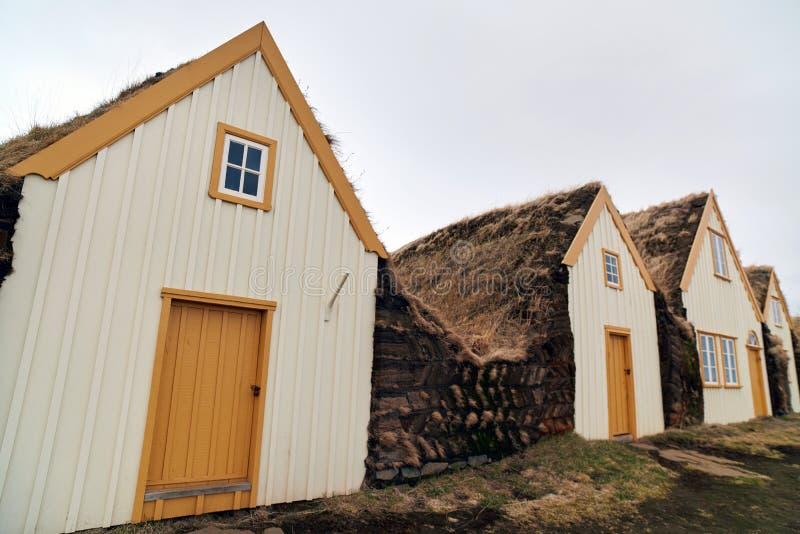 Коттеджи Исландии деревенские на ферме Glaumbaer стоковые изображения
