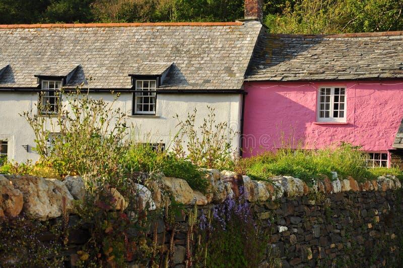 Коттедж деревни Boscastle, Корнуолл, Англия, Великобритания стоковое фото