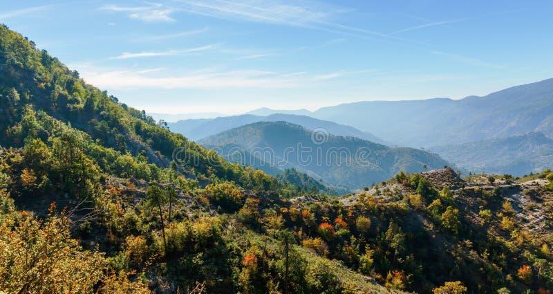 """Коут d \ """"Azur Провансали Alpes гор стоковые фотографии rf"""