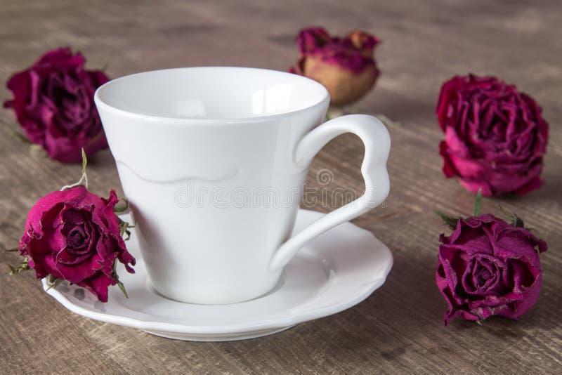 будете кофе белая посуда роза картинки фото короткой округлой