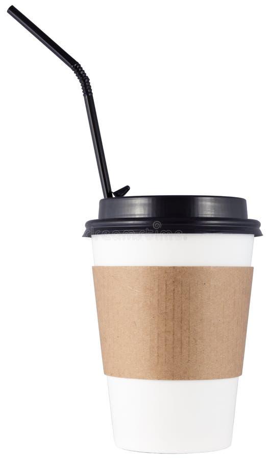 Кофейная чашка с черным коктейлем или соломы, изолированная на белом фоне стоковые изображения rf
