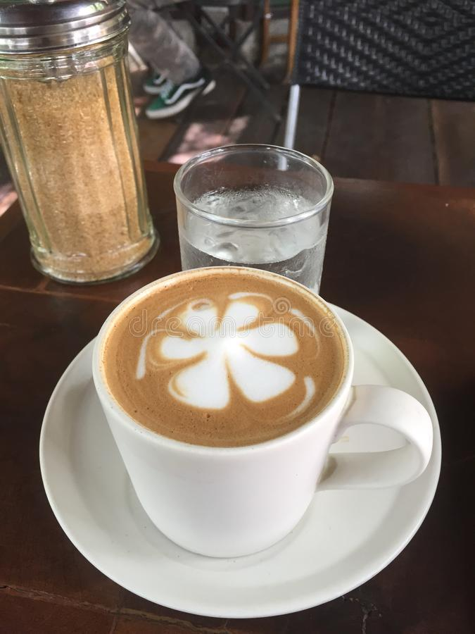 кофейная чашка latte стоковые фото