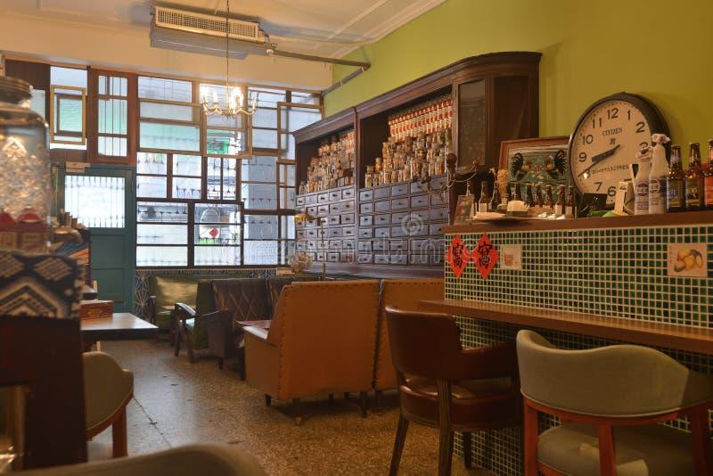 Кофейня Шанхая китайца старая привлекательно старомодная внутренняя стоковое фото