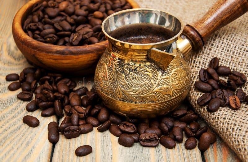 Кофе в турке стоковая фотография