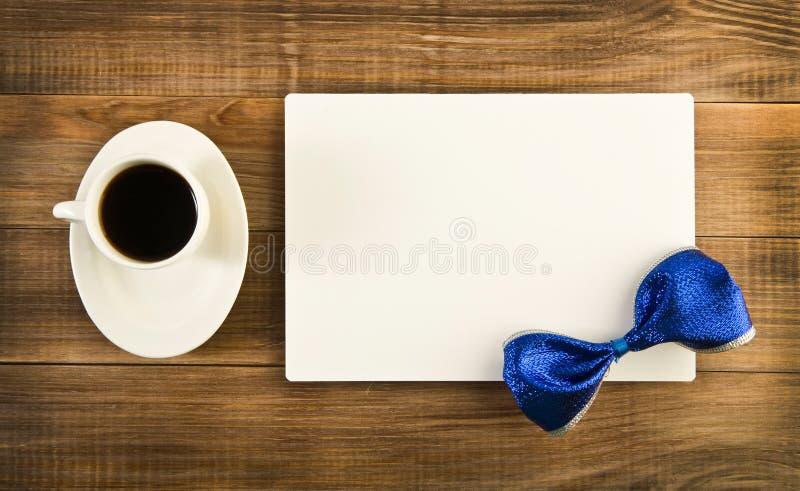 Кофе и карточка стоковые изображения rf