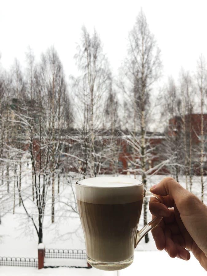 фото кофе в стакане на улице зимой курортные посёлки