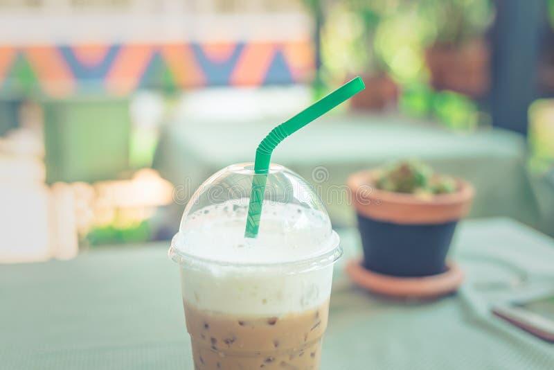 Кофе льда на таблице стоковое фото