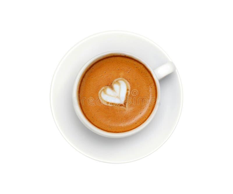 Кофе Latte с символом сердца изолированный на белизне стоковые фото