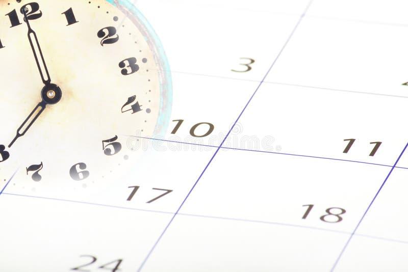 календарь и часики в одной картинке самых
