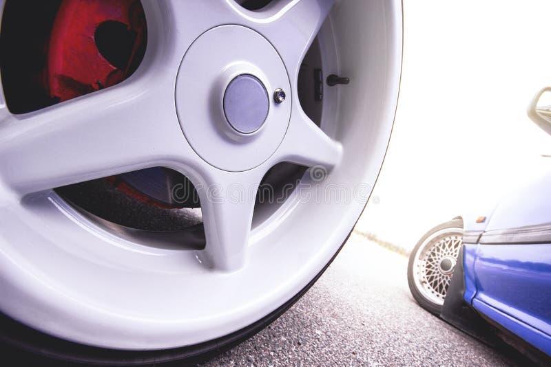 Колеса сплава автомобиля стоковая фотография rf