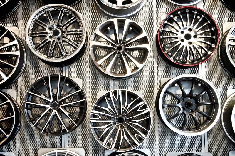колеса сплава различные стоковое изображение rf