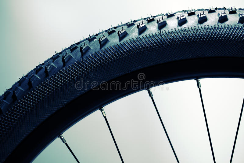 колесо автошины велосипеда стоковое изображение rf