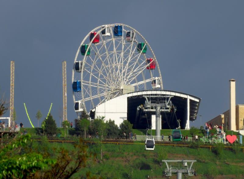 Колесо Алма-Аты - Ferris на Koktobe стоковые фото