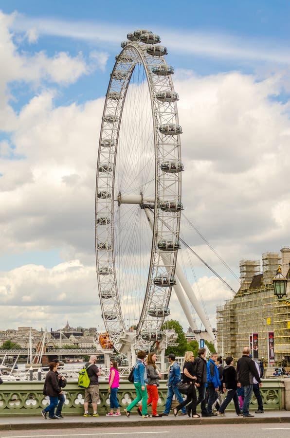 Колесо глаза Лондона панорамное стоковые фотографии rf