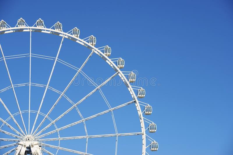 Download Колесо Ferris стоковое фото. изображение насчитывающей жизнерадостно - 37928970