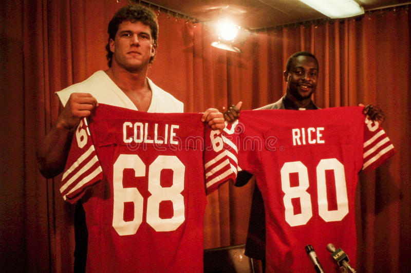 Коллиа и Jerry Rice Брюс 1985 драфтов игрока 49ers. стоковое изображение