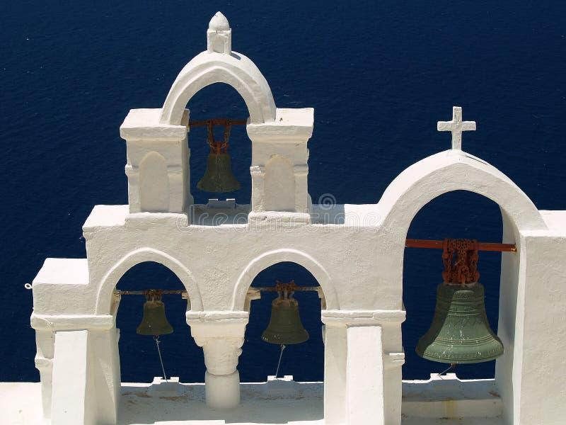 Колоколы и колокольня, Santorini, Греция стоковое фото rf