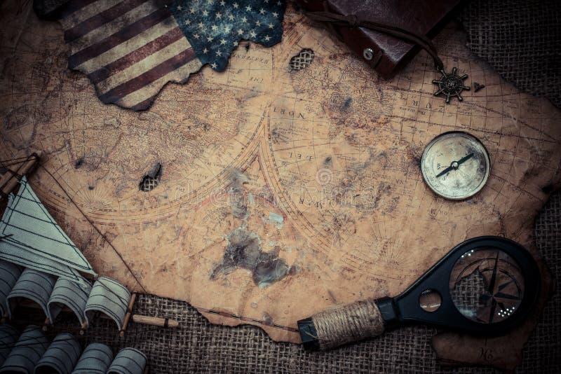 Колумбус и компас стоковое фото rf
