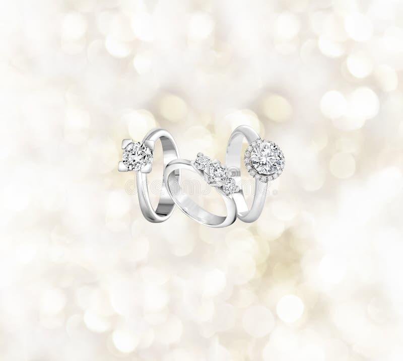 Кольца с бриллиантом захвата стоковая фотография rf
