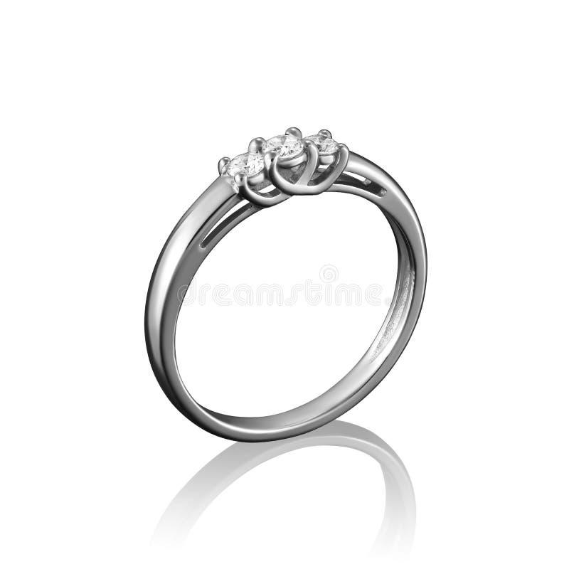 Кольцо ювелирных изделий диаманта белого золота на белой предпосылке с отражением стоковые фотографии rf