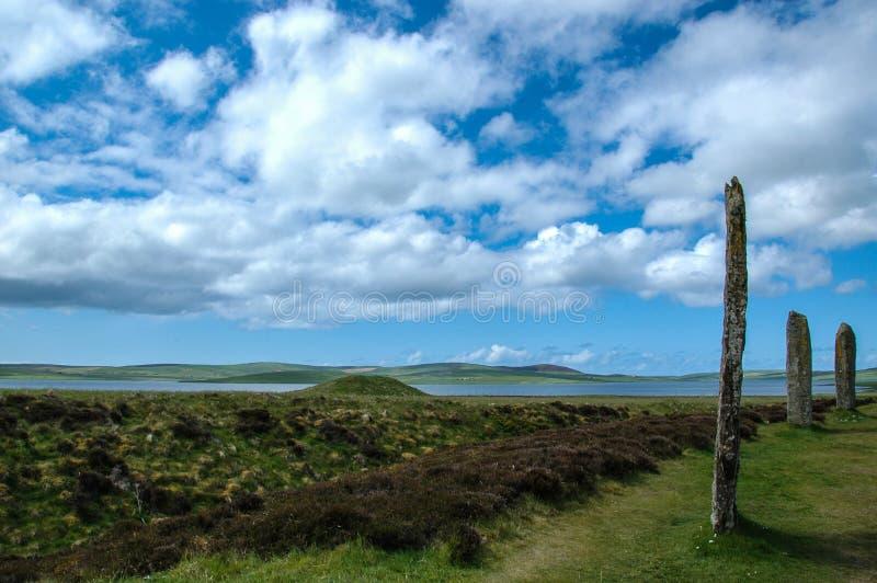 Кольцо Brodgar - стоя камни - оркнейские острова, Шотландия, Великобритания стоковые изображения