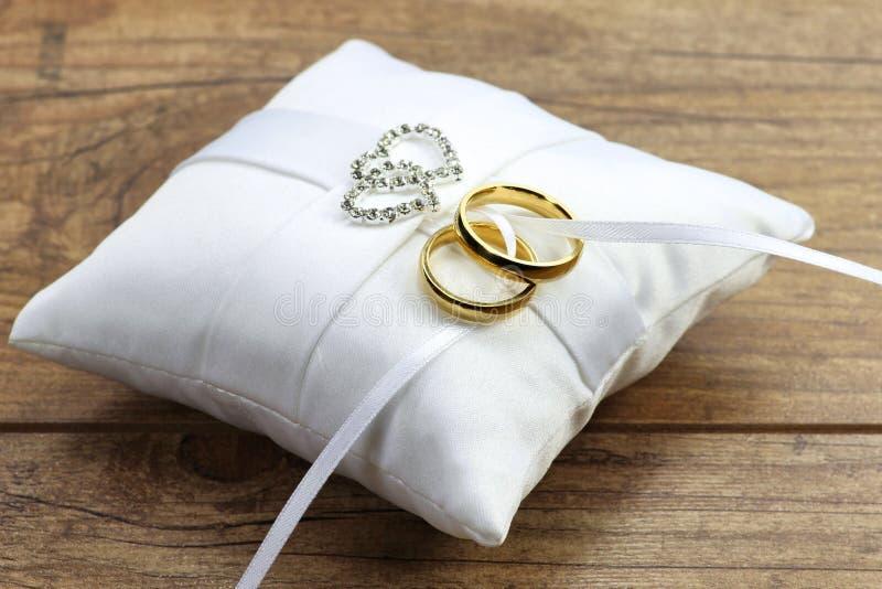 01 кольцо wedding стоковая фотография