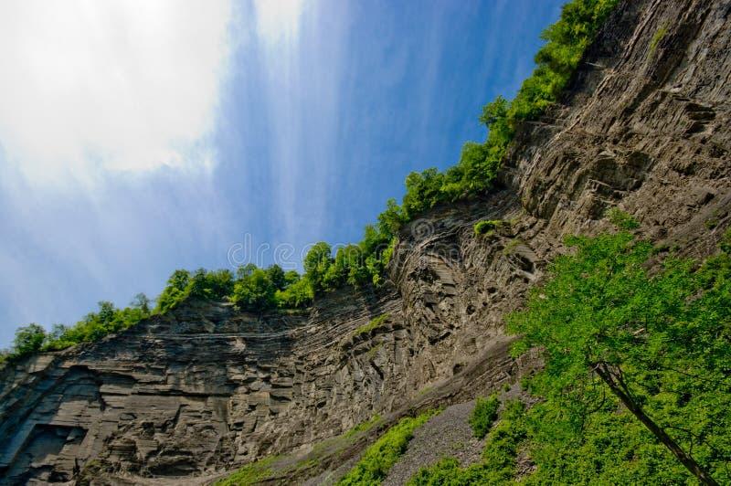 край новый upstate york скалы стоковое изображение
