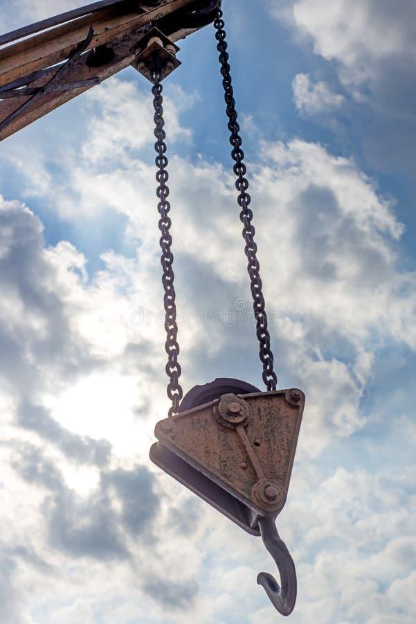 Download Кран корабля с крюком стоковое фото. изображение насчитывающей airbrush - 40580810