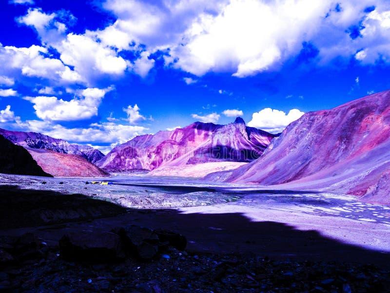 Красивая гора стоковое фото rf