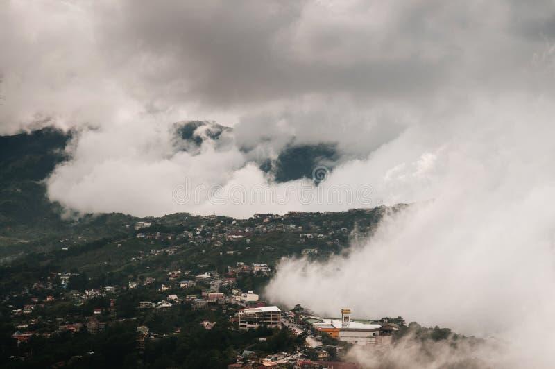Красивая долина горы в городе Baguio, Лусоне, Филиппинах стоковое изображение