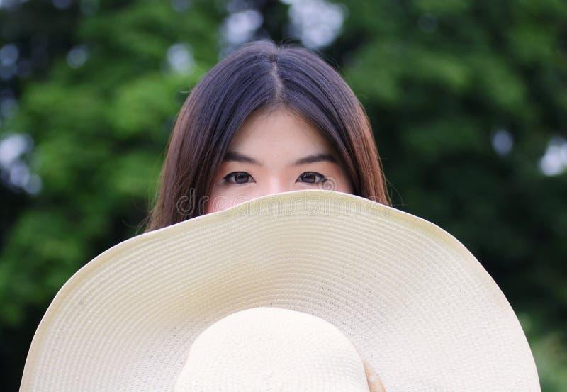 Красивая девушка глаза стоковая фотография rf