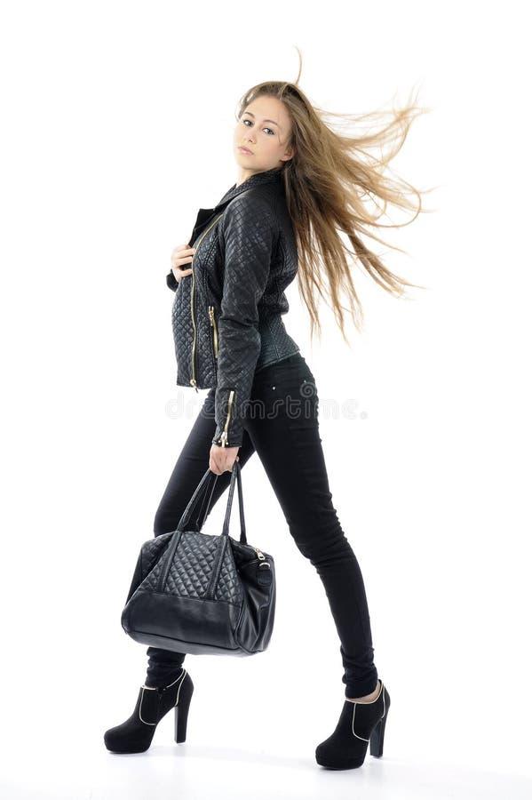 Красивая девушка с длинными волосами стоковое фото