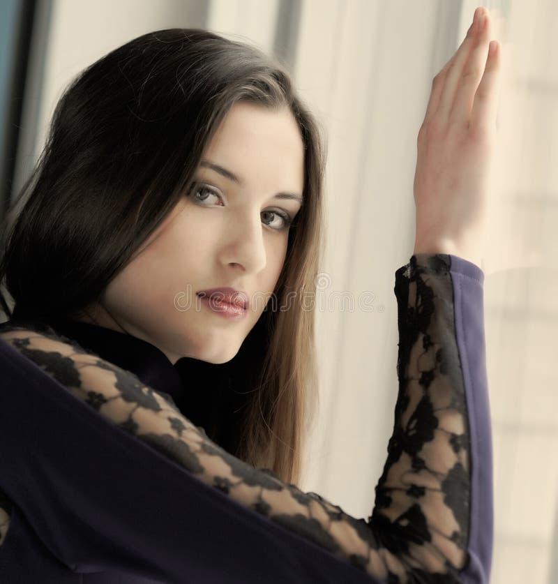 Красивая девушка стоковое изображение
