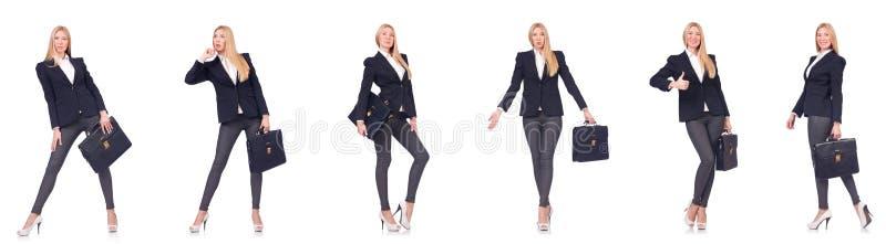 Красивая женщина с портфелем изолированным на белизне стоковые фото