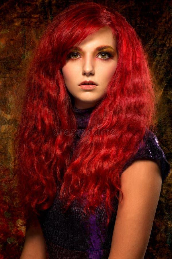 Красивая женщина redhead стоковое фото rf