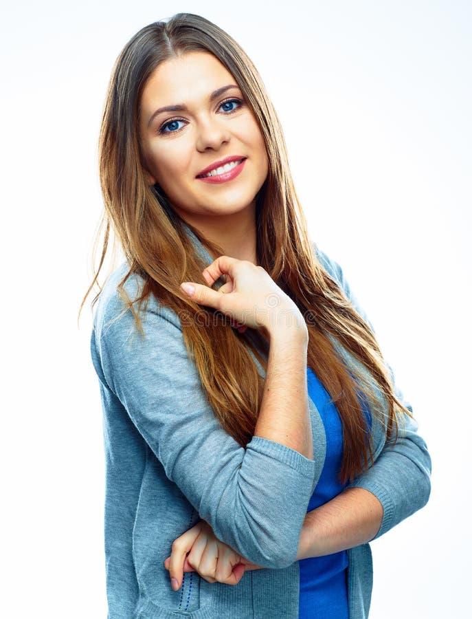 Красивая зубастая усмехаясь женщина на белой предпосылке стоковые изображения