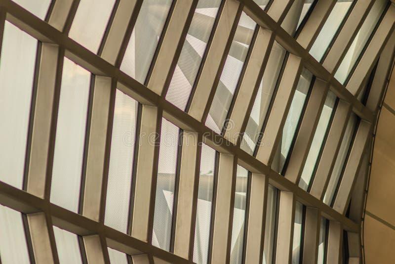 Красивая картина абстрактного современного здания архитектуры в Su стоковые изображения