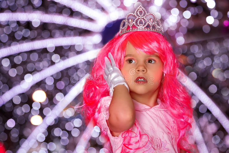 Красивая маленькая девочка как принцесса стоковое изображение rf
