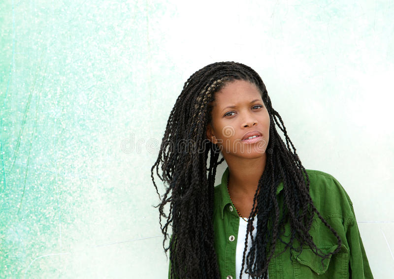 Красивая молодая Афро-американская женщина стоковые изображения