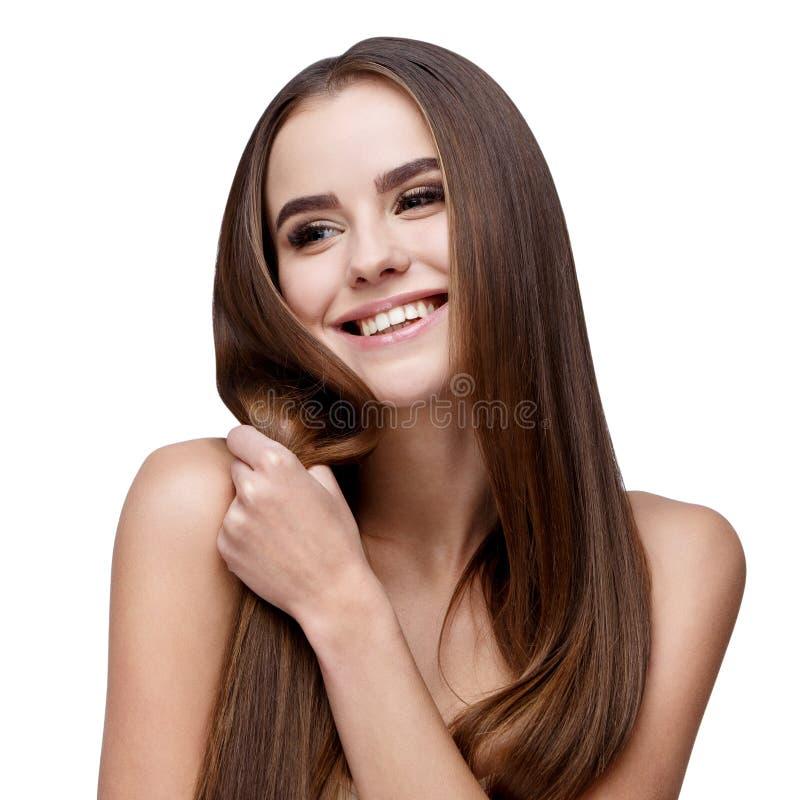 Красивая молодая женщина с чистой свежей кожей стоковое фото rf
