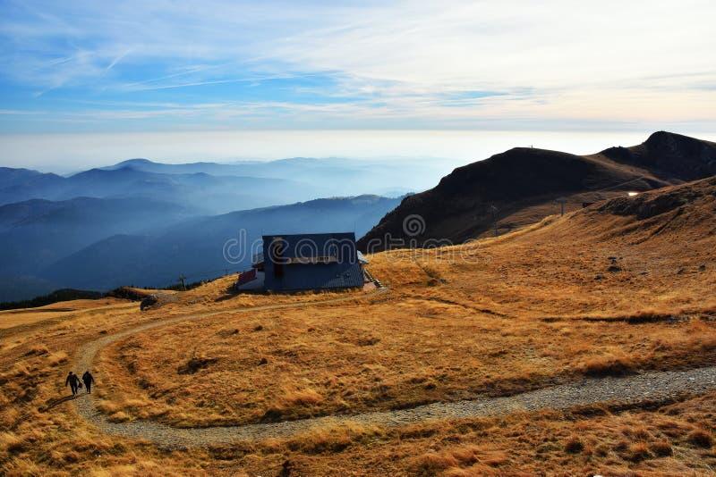 Красивая панорама национального парка Bucegi гор Карпат, Румынии стоковая фотография