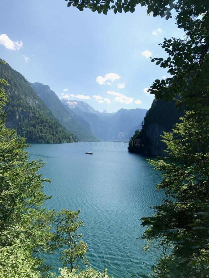 Красивая перспектива озера Konigsee в Германии стоковое фото