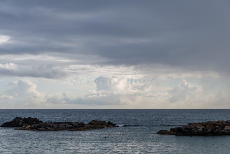 Красивая перспектива Тихого океана на Оаху стоковая фотография rf