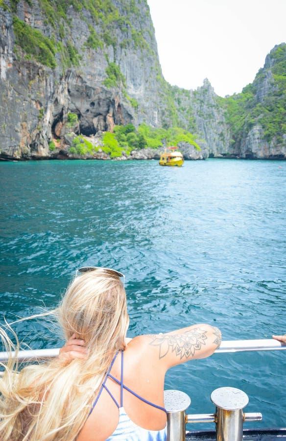 Красивая природа в острове Phi Phi, Таиланде стоковое фото rf