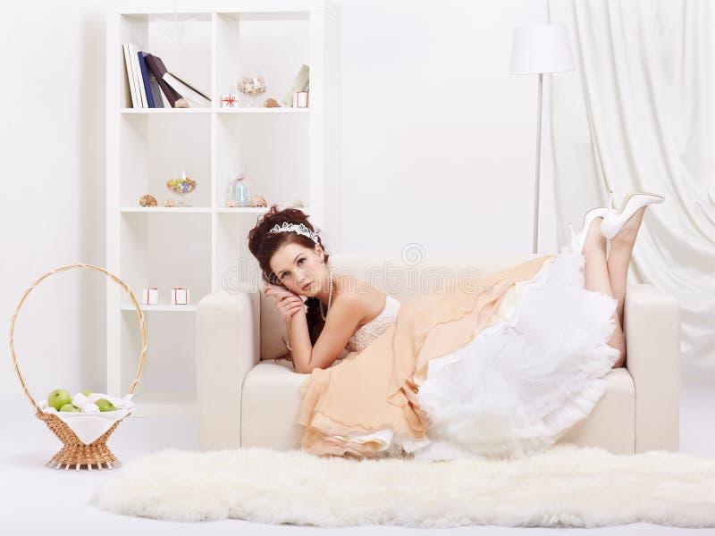 Красивая ретро девушка стоковая фотография rf