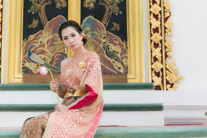 Красивая традиционная тайская одежда стоковое изображение rf