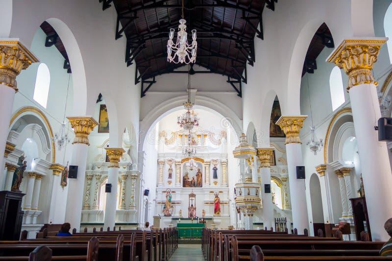 Красивая церковь Веракрус в городе Medellin стоковые фотографии rf