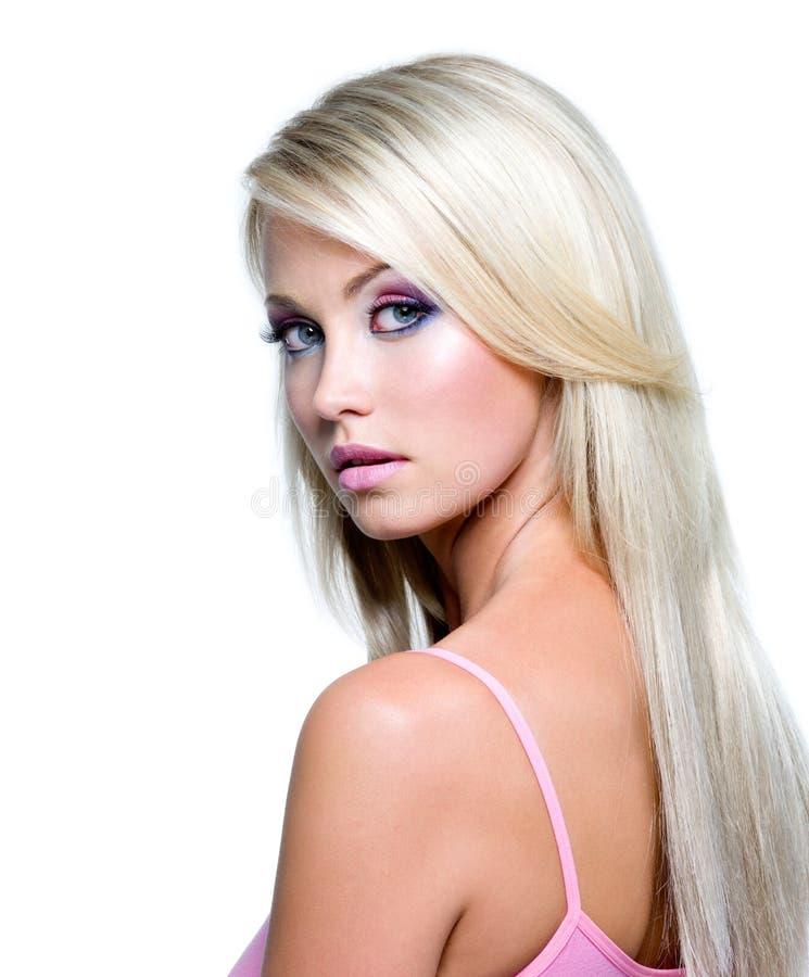 красивейшая белокурая женщина стороны стоковое изображение rf